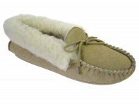 W075 - Ladies Suede Moccasin With Acrylic Collar& Lining